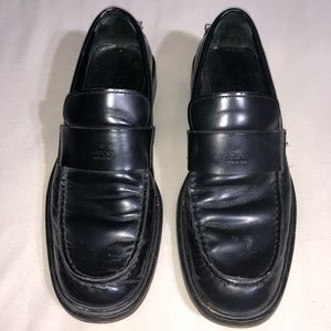 Authentic Vintage Gucci Classic Black Loafers